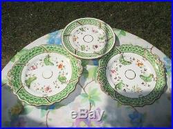 1800-20 Coalport Botanical & Butterfly 2 Cake Plates 1 Low Pedestal Pie Plate