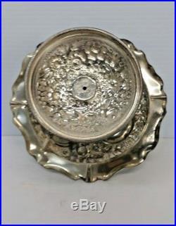 Antique Meriden B. Company Silver Quadruple Plate Ornate Pedestal Cake Stand 242