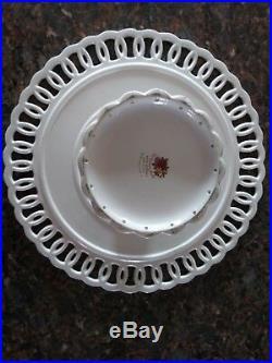 Beautiful Royal Albert Old Country Roses Pedestal Cake Plate