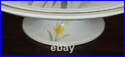 Block Bernarda Daffodil 1983 Mary Lou Goertzen 12.5 Pedestal Footed Cake Plate