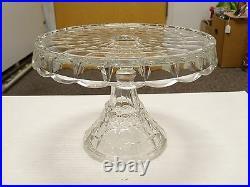 ELEGANT ANTIQUE Fostoria Crystal CAKE PLATE ROUND PEDESTAL CAKE STAND RUM WELL