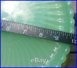JADITE Jadeite SWIRL Spiral Glass 10.5 Pedestal Footed Cake Stand Plate
