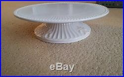 LENOX BUTLERS PANTRY PEDESTAL CAKE PLATE sold out