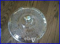 Princess House-'Fantasia'- Pedestal Covered Cake Plate beautiful Excellent