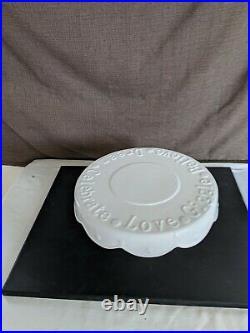 Quacker Factory Lifestyles Celebrate Every Day White Cake Pedestal Cake Plate EC