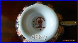 Royal Crown Derby old Imari 9021/1128 Pedestal Cups Saucers & Cake Plates x 2