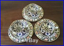 Royal Crown Derby old Imari 9021/1128 Pedestal Cups Saucers & Cake Plates x 3