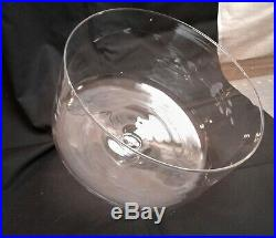 Vintage Clear Glass 12 Cake Plate with Dome Cover on Pedestal Base Floral